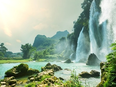 View Ban Gioc Waterfall