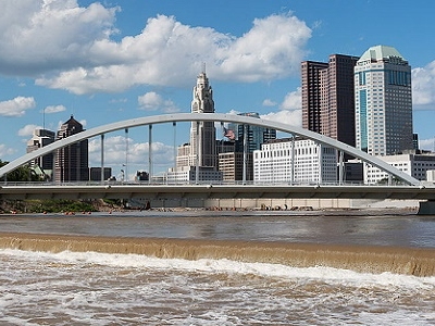 View Columbus Main Street Bridge - Ohio