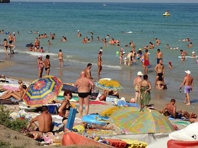 View Costinesti Beach Crowd