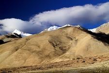 View Peaks In Pangong Range
