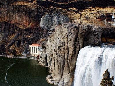 View Shoshone Falls ID