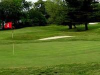 Vince's Sport Center Par 3 Golf Course