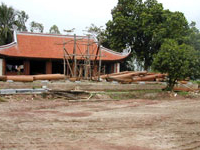Vua Ba Shrine