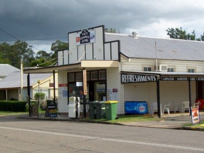 Vacy  General  Store