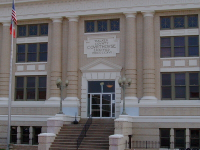 Walker County Courthouse In Lafayette