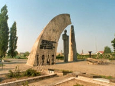 War-Cemetery-Poland