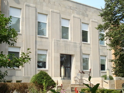 Warren County Courthouse In Indianola