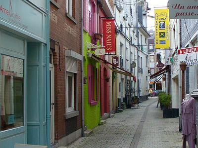 Wavre Rue De La  Source