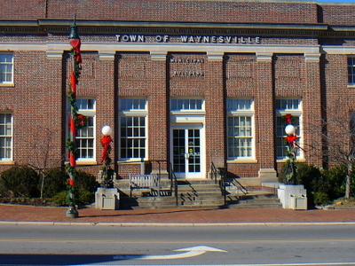 Waynesville  Muni  Center