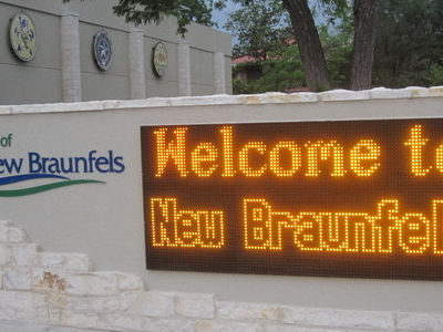 Welcome Sign At  New  Braunfels