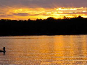 Mujer Lake