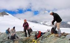 Zermatt - Dans La Descente Depuis Le Theodulpass