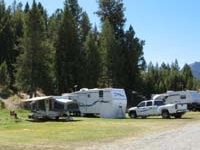 Smiley Creek Resort
