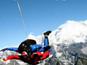 Mt Everest Sky Diving Photos