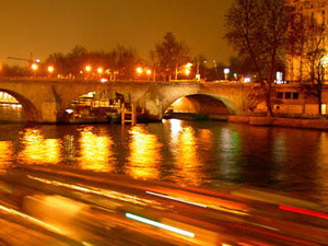 Night Dinner Cruise on the Seine - DMP Photos