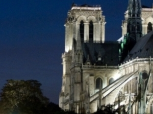 Paris by Night : Cruise, City Tour & Dinner on the Champs Elysées - CIC Photos