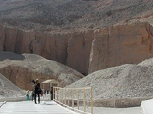 Private tour to The valley of the Kings, Queen Hatshepsut ,Memnon colossi	 Photos