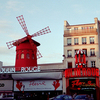 Show at the Moulin Rouge - T10A