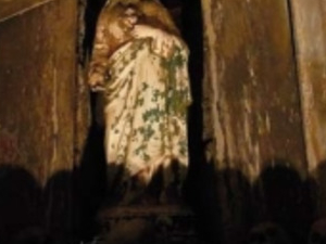 The mysterious Naples Photos