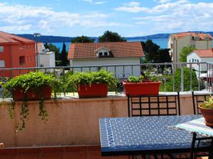 Apartment Silvia close to Split