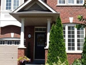 Beautiful modern homestay Oakville