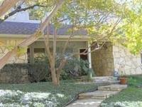 Cliff House in Arlington, Texas