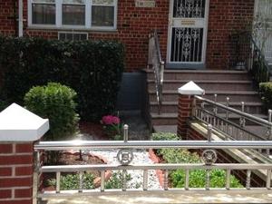 Cozy  garden apartment in Brooklyn