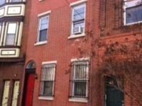 Family space in Queen Village
