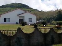 Família agradável nos Açores