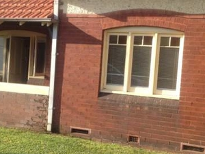 Home for students in Sydney - Train