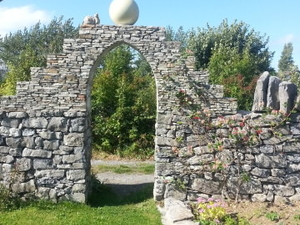 Villa Ronan with sculpture garden