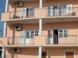 Apartment Miljak