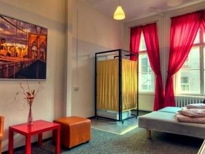 Avantgarde Hostel