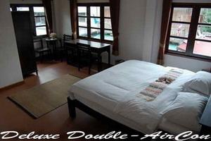 Baan Klang Vieng Hostel