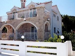 Bonacic Palace