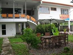 Borneo BeacHouse (Backpackers)