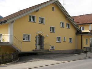 Cucagna Hostel