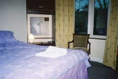 Heathrow House Bed and Breakfast