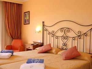 Hotel Monport