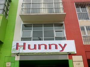 Hunny Hostel Bandung