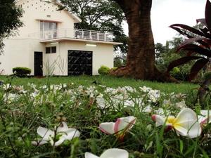 Karibu Hostel
