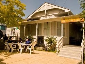 Lantana Lodge International Backpackers