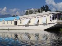 Grupo Majestic of Houseboats