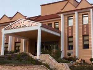 Mouzaki Hotel