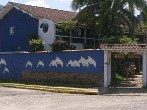 Tropical Dolphin Hostel e Pousada