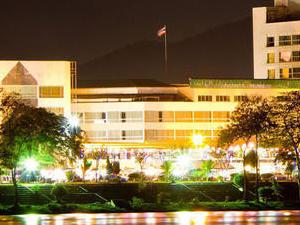 Viang Tak Riverside Hotel