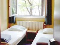 Youth Hostel Van Gogh (Chab)