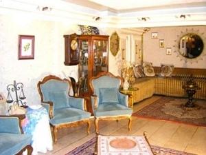 NEZIH HOTEL