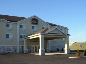 Best Western Plus Napoleon Inn & Suites