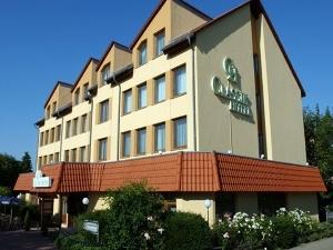 VICTORIA HOTEL-SUITES